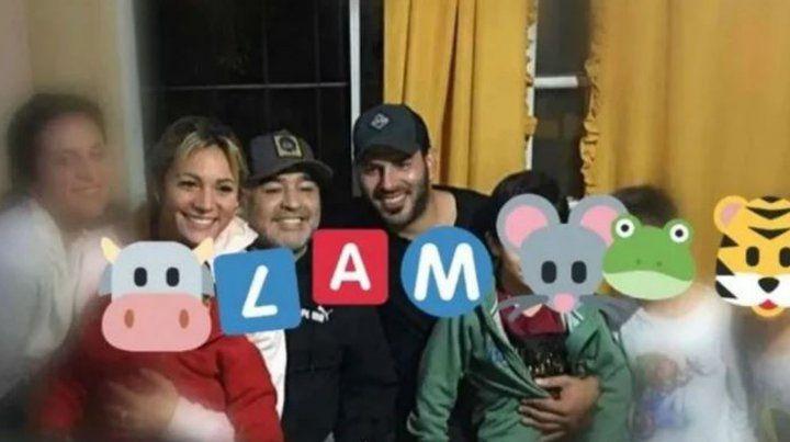 La foto que muestra la reconciliación de Maradona con Rocío Oliva