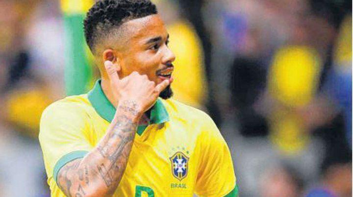 Brasil consiguió el pase a semis por penales