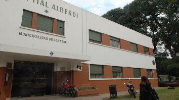 El chico fue traslado al Hospital Alberdi, pero falleció a los pocos minutos por la grave herida.