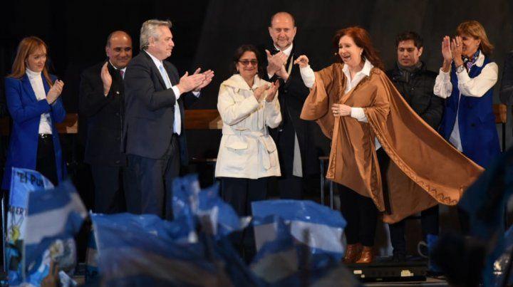Vamos a cambiar el país en el primer semestre, prometió Alberto Fernández