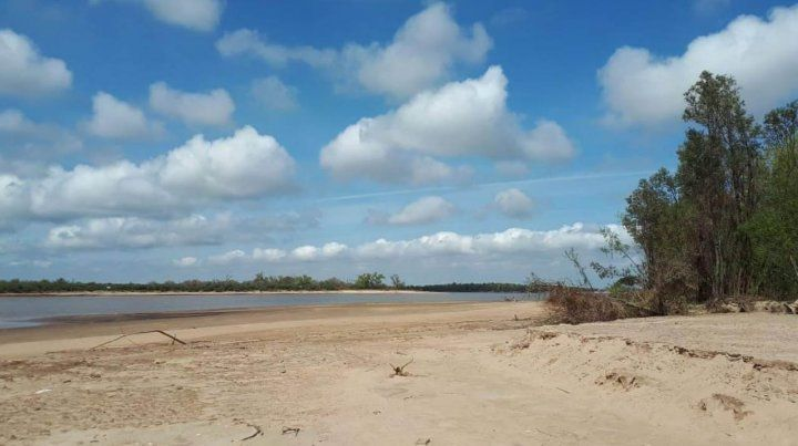 Un dron revela la bajante del río en las islas entrerrianas