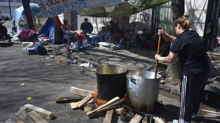 El desempleo llegó al 10,6% y afecta a más de dos millones de argentinos