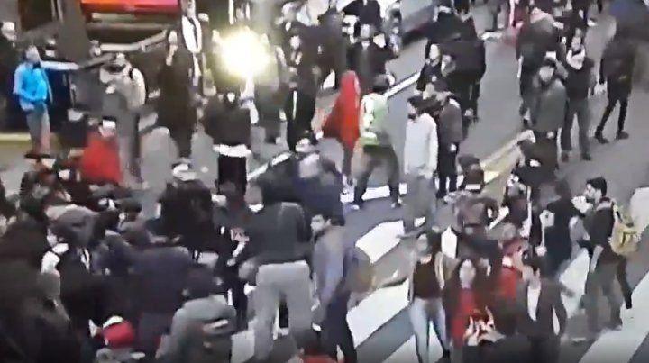 Consulado de Chile: periodistas heridos en movilización de la CTA