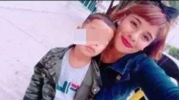 matan a punaladas a una joven frente a su hijo y por el crimen buscan al novio