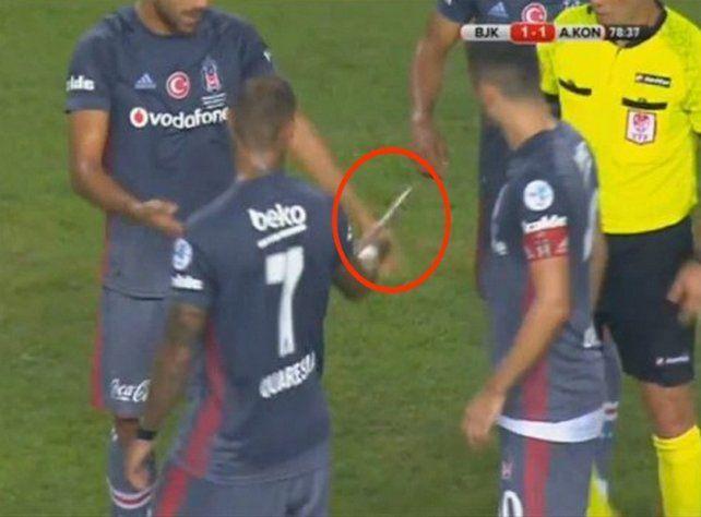 Intentaron agredir con un cuchillo a un jugador en Turquía