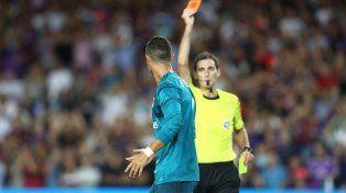 Un golpe muy duro: Cristiano Ronaldo fue sancionado por cinco partidos