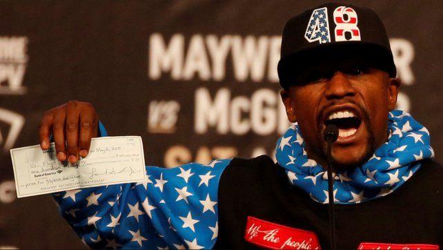 La escasa cifra que recibirá Mayweather solo de sponsors en la pelea ante McGregor