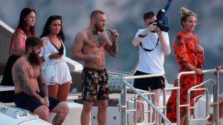 Así disfruta Conor McGregor los millones que le dejó su pelea con Floyd Mayweather