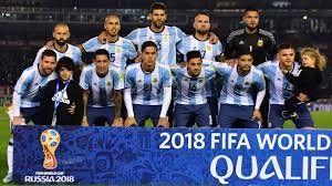 El plantel del seleccionado argentino palpitó el partido en las redes sociales