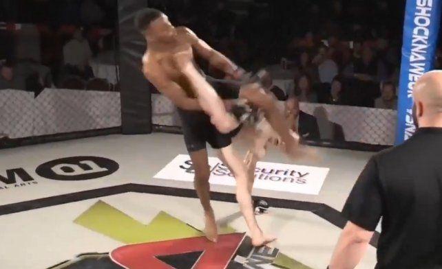 Una brutal patada para ganar por KO
