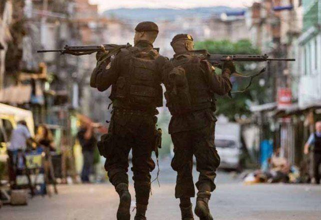 Brasil: movilizan 10.000 policías para evitar que la guerra de las favelas llegue a la playa