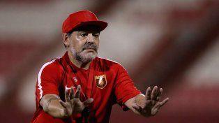 Tevez no traiciona, lo dijo Maradona