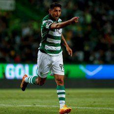 El padre de Alan Ruiz le llevaría una propuesta de Colón a Sporting Lisboa