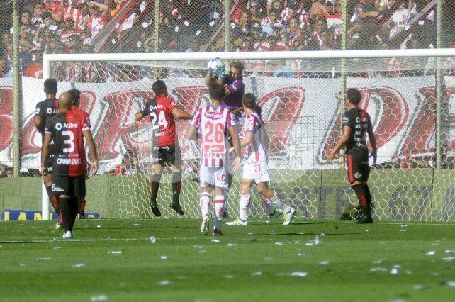 Se juega el clásico santafesino entre Unión y Colón