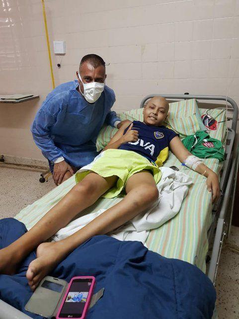 Nereo Fernández le cumplió el sueño a un nene que lucha por su vida