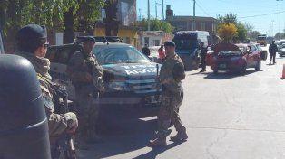 Sospechas. La camioneta y los ocupantes fueron denunciados por un secuestro en Santa Fe.