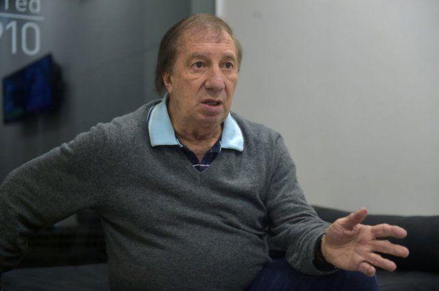 Internaron de urgencia a Carlos Bilardo