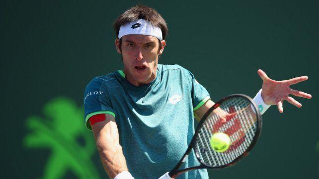 Mayer no pudo sostener su nivel y se despidió rápido de Wimbledon
