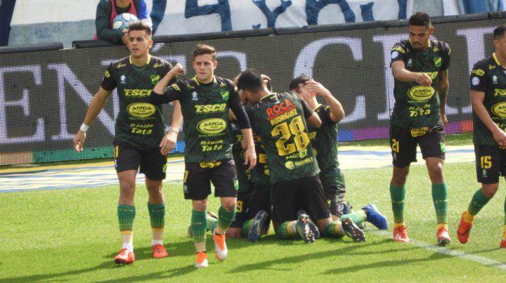 Defensa ganó en La Plata y hundió un poco más a Gimnasia