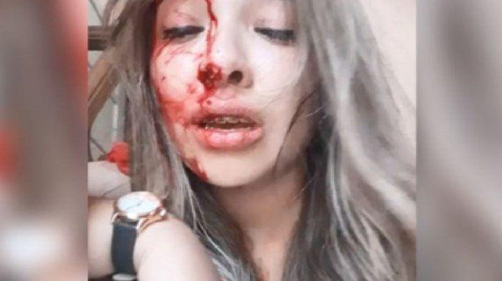 Imágen de uno de los videos grabado por la joven.