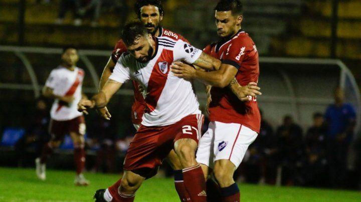 River y Nacional de Uruguay se ponen a prueba en Maldonado