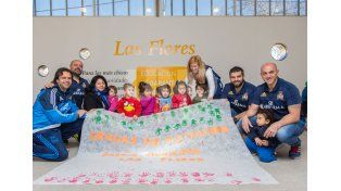 Integrantes del seleccionado italiano de rugby visitaron un Jardín Municipal