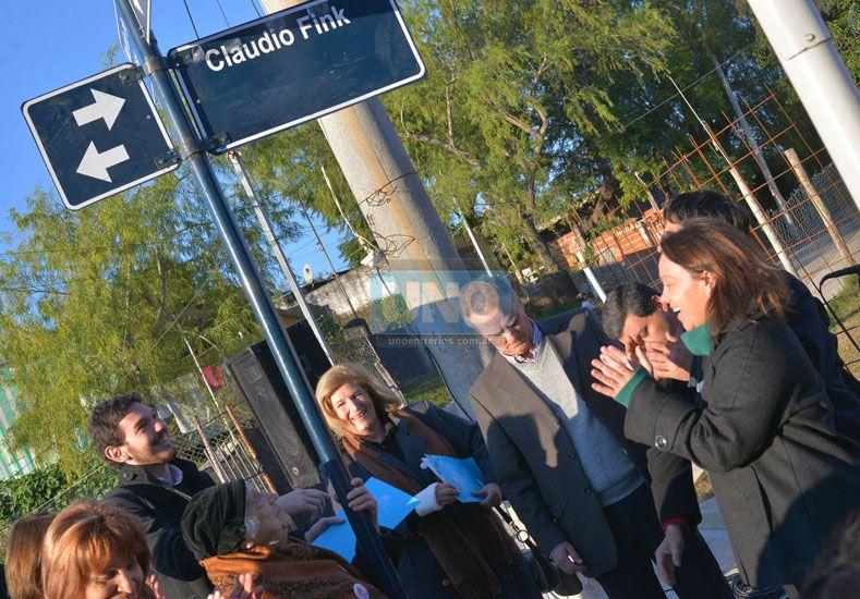 Una calle de Paraná mantiene viva la memoria de Claudio Fink