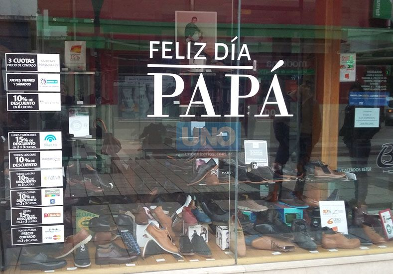 Promociones. Comercios esperan vender más este mes. (Foto UNO/Juan Manuel Hernández)