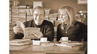 Cuentacuentos. Víctor Villarraza y  Malena Sarrot rescatan el arcaico arte de la narración oral.