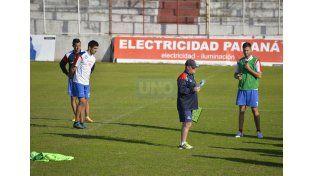 Guido Rancez (a la izquierda) volverá a integrar el 11 inicial después de dos meses. (Foto: UNO/Mateo Oviedo)