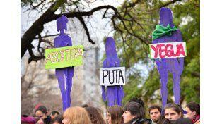 Sin fin. Por día ingresan entre 20 y 40 acusaciones de mujeres por diferentes tipos de agravios. (Foto: UNO/Juan Manuel Hernández