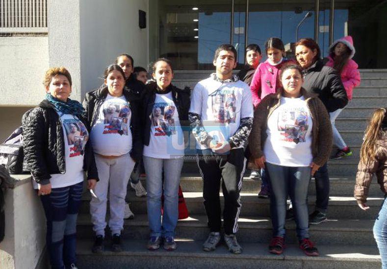 Pedido. Los Almada quieren preso al autor del crimen.  Foto UNO/Marcelo Medina