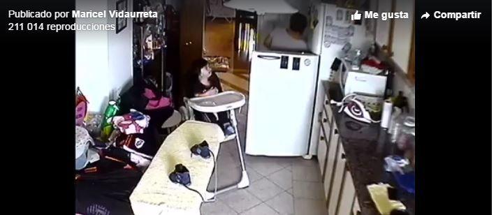 Video: vio por las cámaras cómo la niñera golpeaba a su hermano menor y lo salvó