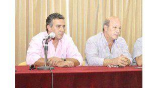 Los denunciantes Mulet y Pagliotto.