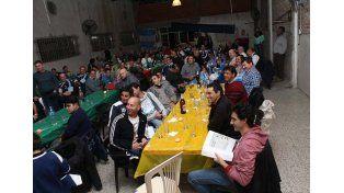Más de un centenar de personas se congregó en la última reunión.  Foto  Gentileza/Paul Cian