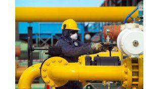 Piden a las empresas reducir a cero el consumo de gas para mantener suministro a hogares