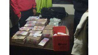 El dinero fue contado frente a testigos. Foto Policía de Entre Ríos.