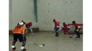 Hockey en Línea: Jugaron el primer campeonato en Paraná