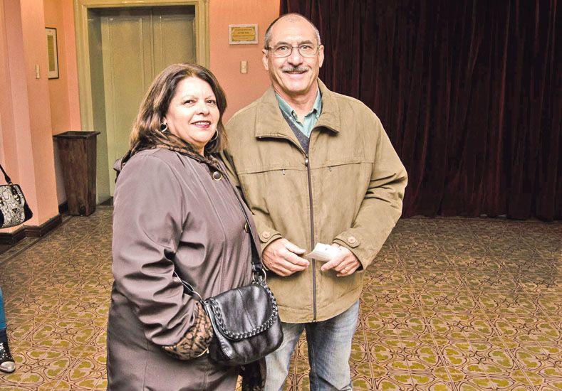 """""""Enredados"""" a sala llena en el Teatro 3 de Febrero"""