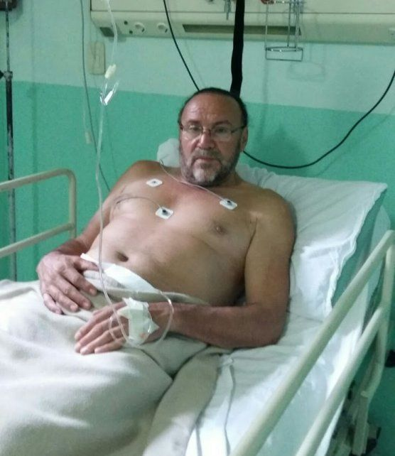 Cacho Garay sufrió un síncope y tuvo que ser internado