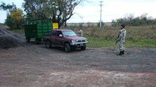 El conductor y el empleado de Santa Teresa quedaron detenidos. Fuente Policía de Entre Ríos.
