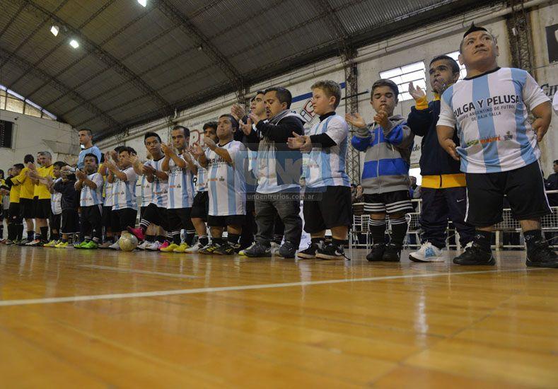 El plantel nacional sigue invicto en nueve presentaciones.  (Foto UNO/Mateo Oviedo)