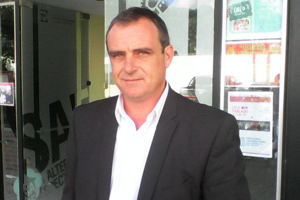 Se publicó el viernes que un concejal opositor (Exequiel Sosa) denunció que el intendente Ezequiel Donda había colocado cámaras en el recinto legislativo local para vigilarlos
