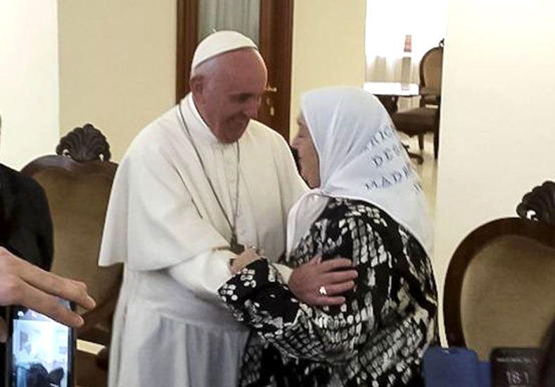Bonafini estuvo con el Papa y le pidió perdón