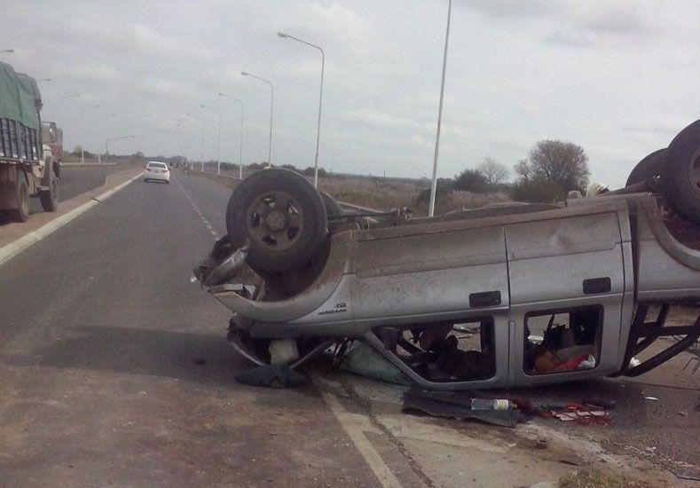 Accidente fatal: Dos personas fallecieron en un cruce de rutas