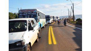 Masivo cruce a Paraguay para cargar combustible más barato