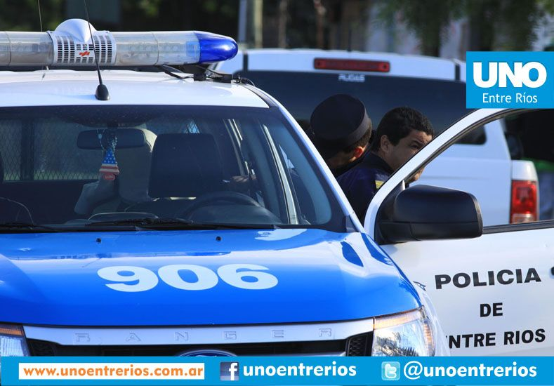 """Falsos """"inspectores"""" robaron 60.000 pesos a una pareja de ancianos"""