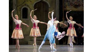 Espectáculo. Una muy famosa obra del repertorio danzístico.