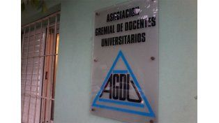 Docentes universitarios de AGDU rechazaron la oferta salarial