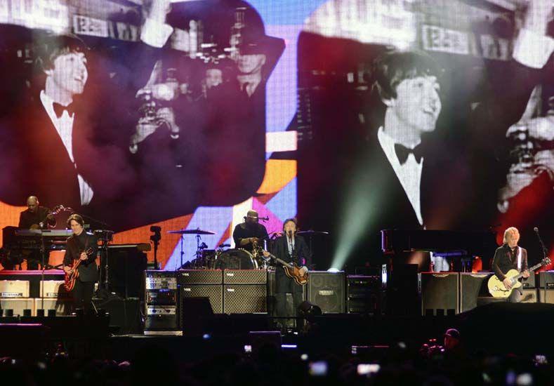 Leila, la nena que cumplió su sueño y tocó con McCartney
